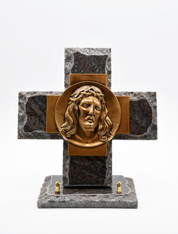Pompes Funèbres Grosso : croix avec portrait du Christ